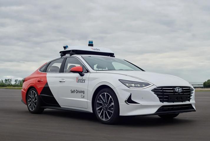 Беспилотный автомобиль от Яндекс и Hyundai